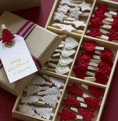 Tiny clothes pins with felt embellishments - a great way to attach tags and can be used by recipient as home décor, tree ornament...could even use a bunch of these for a clothesline advent calendar.