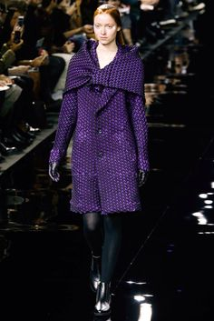 Issey Miyake Fall 2015 Ready-to-Wear Fashion Show Collection