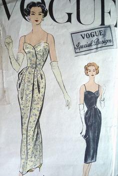 Vogue Special Design 4809 dress