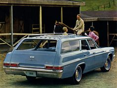 Mom and Dad's second station wagon, except ours was white. Chevrolet Bel Air, Chevrolet Chevelle, Station Wagon Cars, 1960s Cars, Old Wagons, Chevy Impala, Us Cars, Vintage Motorcycles, Ms Gs