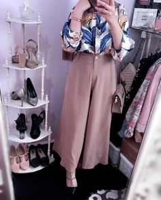 How To Wear Pants Palazzo Outfit Ideas - Women's Hijabs Muslim Fashion, Modest Fashion, Hijab Fashion, Fashion Outfits, Star Fashion, Casual Hijab Outfit, Hijab Chic, Womens Fashion Online, Latest Fashion For Women