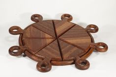 Pizza Board made with Vectric software Cardboard Furniture, Art Furniture, Furniture Design, Wooden Toy Cars, Wood Toys, Wooden Projects, Wooden Crafts, Coffee Table Design, Coffee Tables