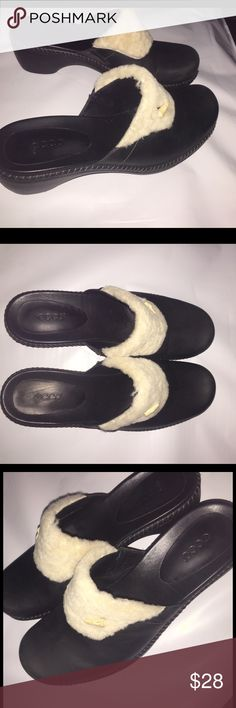 Ecco Mules Great condition, only worn 2 times. Very comfy and stylish Ecco Shoes Mules & Clogs
