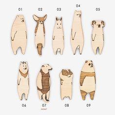 だらりとした動物たちの木のブローチ(ウサギ、フェネック、パンダ、アルパカ、コアラ) Capybara, Lazy Cat, Designer Socks, Character Costumes, Illustrations And Posters, Animal Design, Puppets, Illustration Art, Character Design