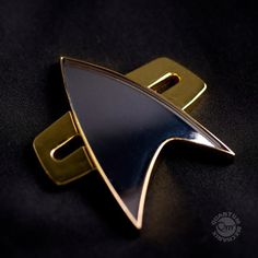 Qmx Star Trek Voyager Communicator Badge