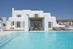 is always a good idea 🇬🇷 📍Villa Royaol Mykonos - Haus Kredit Mykonos Villas, Mykonos Greece, Mykonos Island, Santorini, Crete Greece, Athens Greece, Villa Design, House Design, Greece House