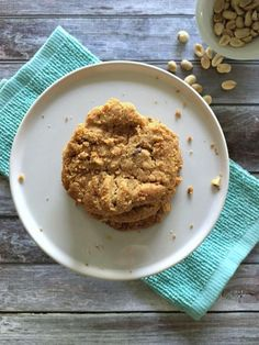 Flourless Peanut Butter Chocolate Chip Cookies | FaveHealthyRecipes.com