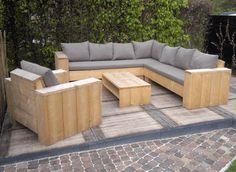 Op maat gemaakte set loungekussens. www.outdoorloungekussens.nl