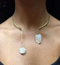 Gold & Brass Angel Aura Quartz Choker is an open choker design that is comfortable and chic. The hand-scultped, thick 10 gauge brass wire is