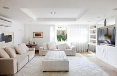 Salas modernas de Estar e Jantar! Tapete couro natural pelo branco.