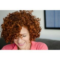 """""""Ah, mas meu cabelo é muito volumoso.""""   17 brasileiras que provam que cabelo curtinho é um espetáculo"""