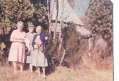 Left to right Nellie Ross Brooks-Granny's sister,  Irene Ross-Granny's brother Charley's wife, and Granny in Blairsville at the old house where she was raised.