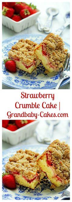 Strawberry Crumble Coffee Cake | Grandbaby-Cakes.com