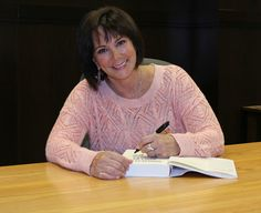 """SPOTTED: Attorney Marcia Clark at her book signing of """"Guilt by Degree"""" at Barnes and Noble in The Grove, California on May Marcia Clark spent many years as a deputy district attorney in Los Angeles, becoming a household … Continue reading → Oj Simpson, Book Signing, Left Handed, Prison, Wall, Characters, Walls"""