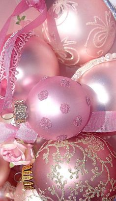 Pink Christmas Ornaments, Noel Christmas, All Things Christmas, White Christmas, Christmas Decorations, Christmas Mantles, Vintage Ornaments, Christmas Is Coming, Vintage Santas