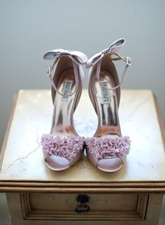 I don't know where people are finding lavender shoes. I must not have the right genes for finding them...