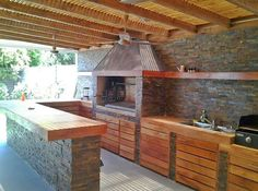 backyard design – Gardening Tips Outdoor Kitchen Bars, Outdoor Oven, Outdoor Kitchen Design, Outdoor Cooking, Patio Design, House Design, Outdoor Kitchens, Parrilla Interior, Dirty Kitchen