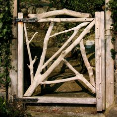 A #driftwood #garden gate would be perfect for a cottage near the rocky coast.