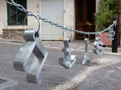 Artist Accessorizes City with Giant Jewelry | Fashion - Yahoo Shine