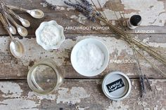 Natural Beauty Series // DIY Lavender Deodorant is the first of many posts in the series about natural beauty products, DIY, and my personal tips and tricks Diy Natural Beauty Recipes, Homemade Beauty Products, Beauty Care, Diy Beauty, Natural Deodorant, Diy Deodorant, Nutrition, Healthy Beauty, Diy Skin Care