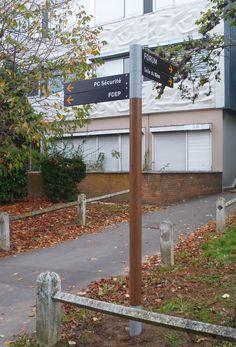 Université Lille 3 | e/n/t/design – paris Environmental Signs, Environmental Graphic Design, Environmental Graphics, Wayfinding Signage, Signage Design, Navigation Design, Concept Board, Street Signs, 3d Design