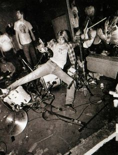Kurt was always famous for smashing his guitar at concerts or crowd surfing. How much I wish here were still here with us.