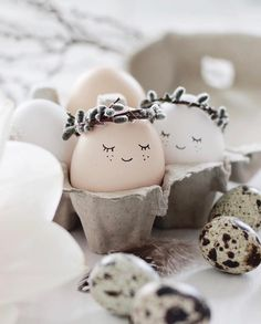 DIY Easter Decorations ideas are amazing. Get best Easter decor ideas & easy Easter decorating tips here, including Easter decorations for home & Easter DIY Happy Easter, Easter Bunny, Easter Eggs, Easter Tree, Easter Wreaths, Egg Crafts, Kids Crafts, Summer Crafts, Fall Crafts