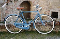 BICI GANNA MODELLO DISCOVERY UOMO SENZA CAMBIO  COLORI: PISTACCHIO - CREMA - BLEU  PER ULTERIORI INFORMAZIONI SUL PRODOTTO:  http://www.ganna-retro.it/it/biciclette/uomo-1-v-_6_16.htm