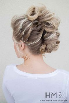 21 Hottest Bridesmaids Hairstyles For Short And Long Hair ❤ See more: http://www.weddingforward.com/hottest-bridesmaids-hairstyles-ideas/ #wedding #bride