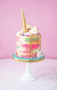 Rainbow buttercream unicorn cake by Juniper Cakery