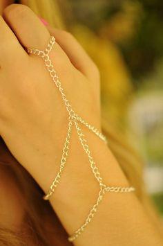 Silver Chain Slave Bracelet by MisceFabulous on Etsy Body Chain Jewelry, Hand Jewelry, Cute Jewelry, Modern Jewelry, Jewelry Crafts, Beaded Jewelry, Jewelry Accessories, Slave Bracelet, Hand Bracelet