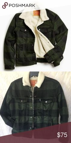 Levi s Plaid Sherpa Jacket Levi s Sherpa Jacket in dark green and black  plaid, Men s XS 31c97d6b998e