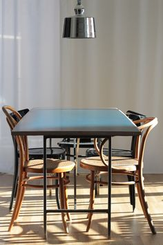 Dai un'occhiata! Dining Table, Furniture, Home Decor, Homemade Home Decor, Dinning Table Set, Home Furnishings, Interior Design, Dining Rooms, Dining Room Table