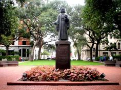 John Wesley statute in Reynolds Square, Savannah, Ga