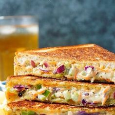 Step by step pictorial recipe to make veg mayonnaise sandwich. How to make mayonnaise sandwich at home. Vegetable Sandwich Recipes, Sandwich Recipes For Kids, Veg Sandwich, Cheese Sandwich Recipes, Whole Food Recipes, Cooking Recipes, Chilli Cheese Toast, Mayonnaise Sandwich, Grilled Sandwich Recipe