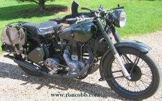 1942 Royal Enfield 350cc & sidecar (note the Bren gun)