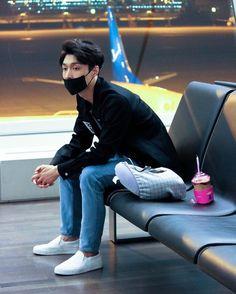"""Mi piace"": 8, commenti: 1 - EXO (@princeparkyeol) su Instagram: ""❤ #zhangyixing #lay #exo #baekhyun #byunbaekhyun #parkchanyeol #chanyeol #dokyungsoo #kyungsoo…"""