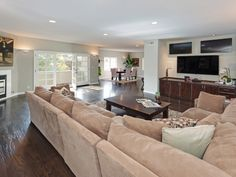 An open floor plan fills this Hollywood Hills home with space and light and makes it a great place for entertaining. 8017 Highland Trail | Hollywood Hills