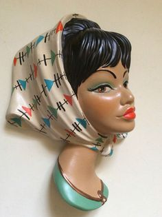 WALL MASK PLAQUE 50S STYLE KITSCH ATOMIC PATTERN SCARF PLASTER REPRO