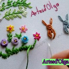 Hand Embroidery Patterns Flowers, Ribbon Embroidery Tutorial, Silk Ribbon Embroidery, Hand Embroidery Designs, Bullion Embroidery, Embroidery Bracelets, Embroidery Needles, Creative Embroidery, Brazilian Embroidery