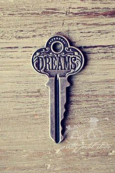 The Time Keeper's Key to Dreams