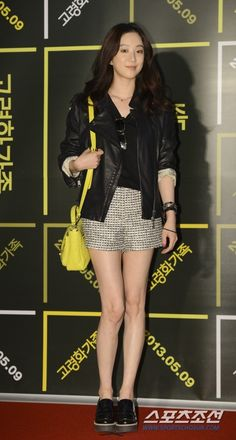 정려원 Jung Ryeo Won, Korean Style, Korean Fashion, Singer, Actresses, Girls, Clothes, Beauty, K Fashion