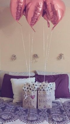 A little surprise gifts surprise romantique, idee fete Bf Gifts, Love Gifts, Boyfriend Gifts, Boyfriend Ideas, Boyfriend Surprises, Valentines Day Gifts For Him, Be My Valentine, Valentine Ideas, Valentines Ideas For Boyfriend