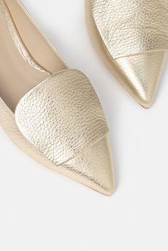 550e8e215be 11 Best Shoes images