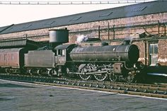 LNER Thompson Class no. 61131 on a parcels train at Wakefield Kirkgate. October 1965 A higher resolution rescan of a Kodachrome II transparency. Diesel Locomotive, Steam Locomotive, Steam Pictures, Steam Trains Uk, Time Travel Machine, Steam Railway, Electric Train, British Rail, Old Trains