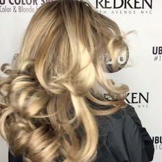 #balayage Hair Movie, Blonde Extensions, Beautiful Long Hair, Kurta Designs, Hair Videos, Shoulder Length, New Hair, Salons, Skincare