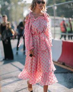 Lo quiero mucho mucho mucho... busco desesperadamente este vestido. Es absolutamente perfecto para el bautizo de mi Cami (para el que aún busco look)