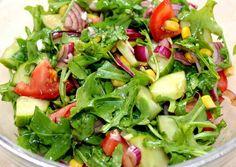 Veggie Recipes, Salad Recipes, Mozzarella Salad, Seaweed Salad, Paleo Diet, Spinach, Healthy Living, Clean Eating, Food Porn