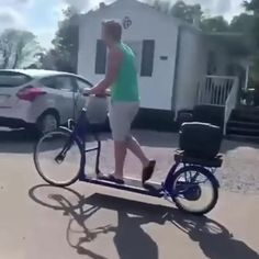 Cool Gadgets To Buy, New Gadgets, Tricycle, Velo Cargo, Cool Things To Buy, Good Things, Cool Inventions, Cool Tech, Bicycle Design