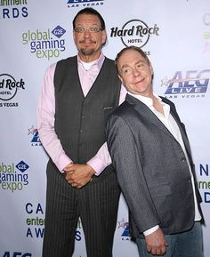 Penn Jillette (L) and Teller of the comedy/magic team Penn & Teller attend Global Gaming Expo's (G2E) Casino Entertainment Awards at Vinyl inside the Hard Rock Hotel & Casino on September 30, 2015 in Las Vegas, Nevada.